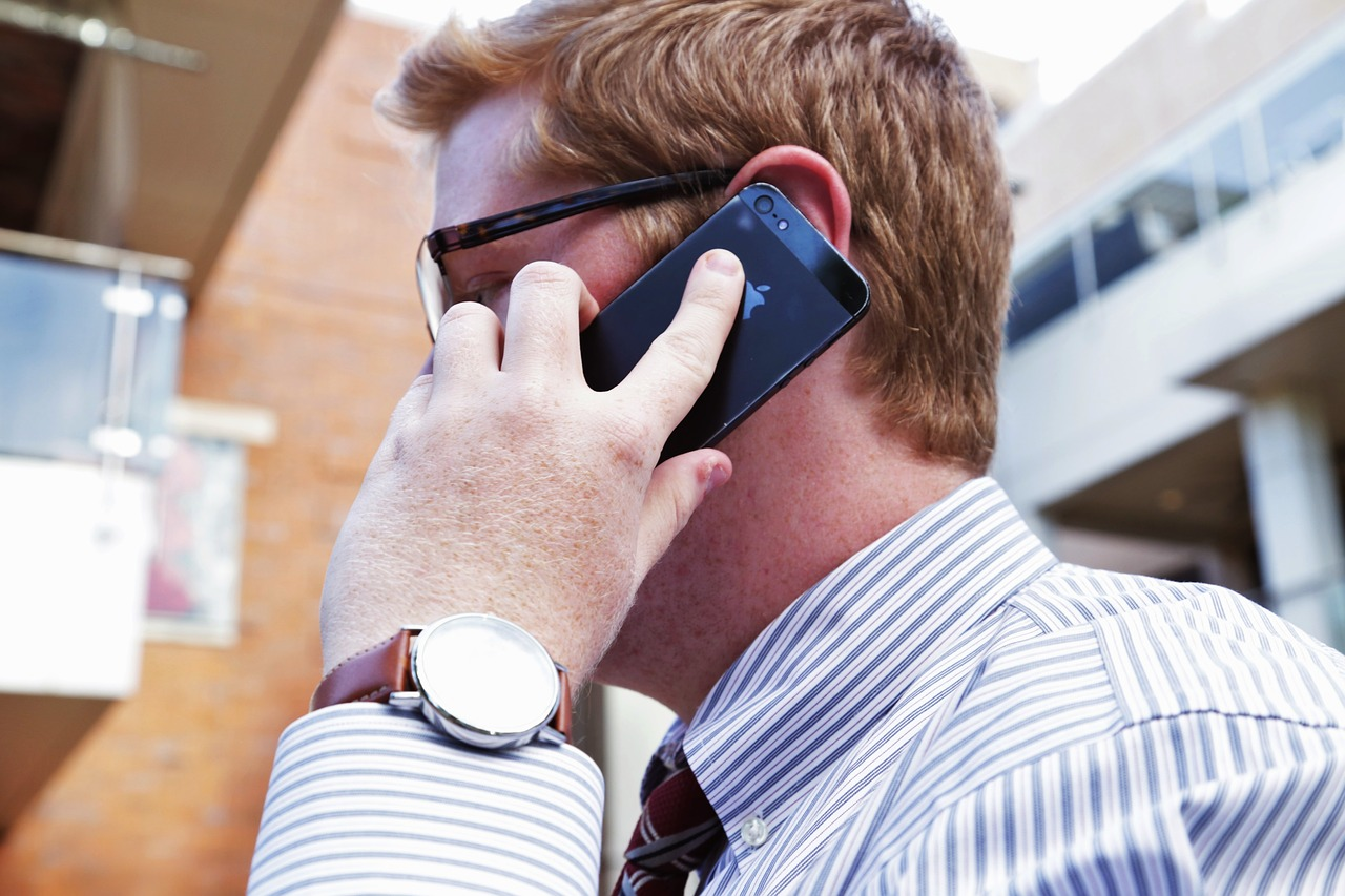 the-expert-tips-to-make-better-phone-sales