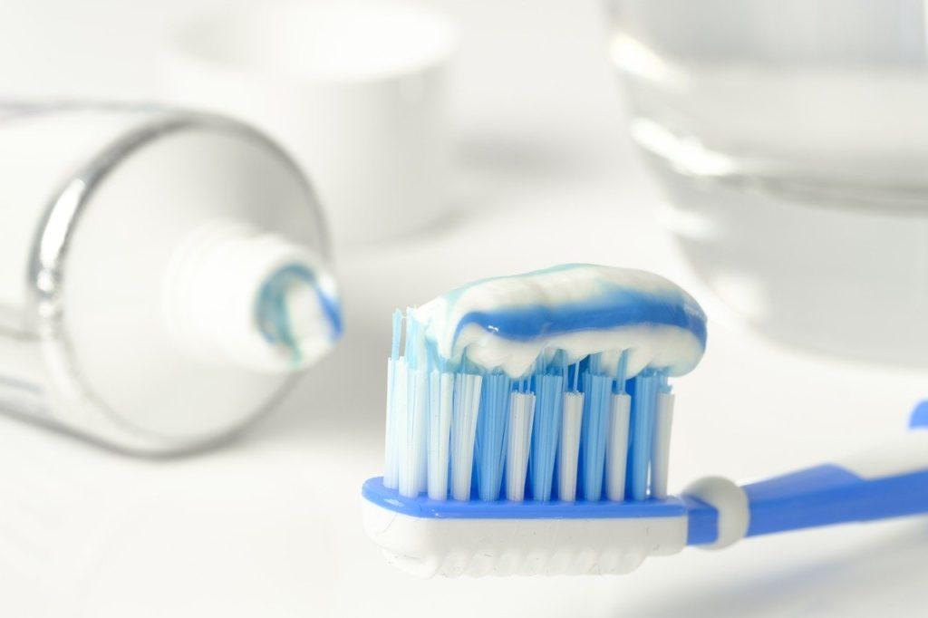 職場で使うメンズ電動歯ブラシのおすすめならコレ